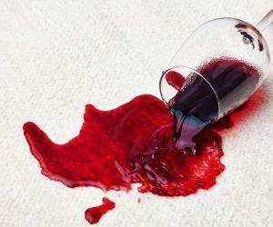 Quitar manchas de vino tinto